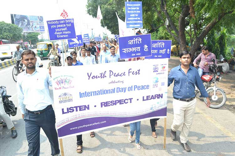 600 Youth join to celebrate Peace Day in Lucknow